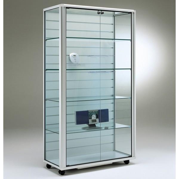 breite beleuchtete Glasvitrine mit Lamellenrückwand - Art.-Nr. OL9945LW-mb-r