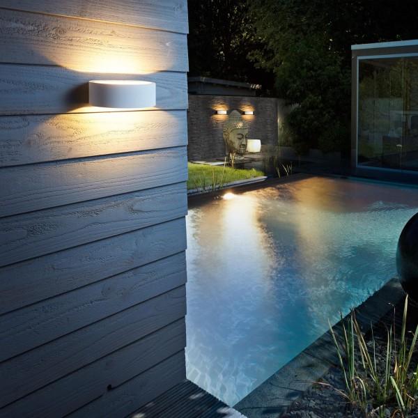 weiße halbrunde dimmbare LED Außen Wandleuchte 19 cm breit